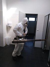 ošetření proti COVID – 19 na toaletách